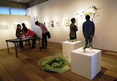 「七宝と彫金 * 花」展 22日(月)で終了!